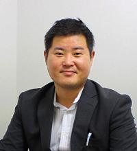 株式会社ケイビーフーズ 居酒屋事業部 課長 勝井 隆太郎氏
