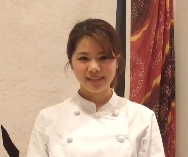 カンテ・グランデ グランフロント店 店長 谷 京美さん(26才)