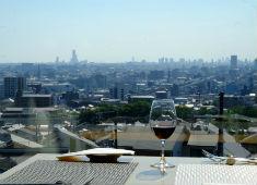 テラス石きり イタリア料理REGALO 求人 全面ガラス張り!大阪を一望出来るこのロケーションは他では味わうことは出来ません。