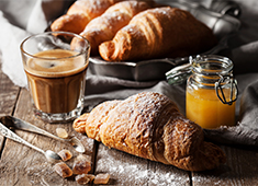 株式会社 MOTHERS ※新規ブランド開発事業部 求人 店内調理にこだわりパンを提供予定!技術の向上を目指す方もご納得の環境が揃っていますよ!