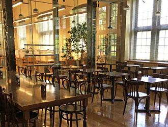 カフェ アトリエリーブ 北区中央図書館赤レンガカフェ