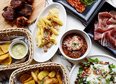 eplus LIVING ROOM CAFE&DINING/株式会社イープラス・ライブ・ワークス 求人 料理はイタリアンをベースにしていますが、フレンチ・スパニッシュなど、洋食系の調理経験をお持ちの方は大歓迎です!