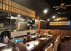 焼鳥 ゑびす 田町店 求人 高級店にはない雰囲気と、自信を持って提供できる食材を使用。高評価の名店です!