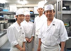 髙島屋グループ 株式会社 アール・ティー・コーポレーション 求人 料理人の技術を高く評価しています。あなたの得意分野を活かせる場所で働きませんか。