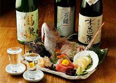 炭遊酒菜 旅籠(はたご)/竹川観光株式会社 求人 料理はもちろん、各種地酒も多種揃えています。お酒に詳しくなりたい方もぴったり!