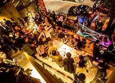 MONSOON CAFE 代官山/株式会社グローバルダイニング【東証二部上場】 求人 全員が自由に発言し、全員で考え、お店づくりに活かしていく。そんな風通しの良い職場です。