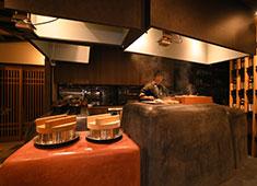いかの墨/よね蔵グループ 求人 雪蔵仕込み氷温熟成!特A佐渡コシヒカリ使用のかまど炊き土鍋ご飯をご堪能して頂きます!