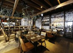 株式会社ファンゴー/「CAFE FUNGO」「CROSSROAD BAKERY」「BISTRO BARNYARD 銀座」 求人 街場のレストランで経験を積んだベテランも在籍するなど、料理のクオリティには定評があります。