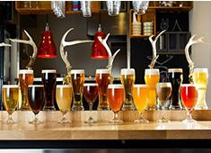 SCHMATZ(シュマッツ)/カイザーキッチン株式会社 求人 種類豊富なドイツビールを取り揃えています!一緒にドイツビールのおいしさを広めていきましょう。