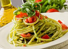 創作イタリアンレストラン&ベーカリーカフェ/株式会社フローラ企画 求人 素材重視のグリル料理やパスタを提供!地元の良い食材を発信していきましょう。
