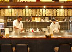 ソルト・コンソーシアム株式会社 国内・海外レストラン事業部 求人 ◆鶏料理 鉄板焼き かしわ 客単価4200円 58席~117席 統括店長、料理長の経験者も大歓迎です!