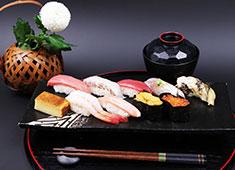 NJダイニング/寿し処翔 本場の江戸前寿司を学べます!大人数のお店ではないので、どんどん経験が積めます!