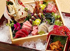 株式会社IZO 一蔵 ▲メインターゲットを30~50代の大人のお客様にしているからこそ、素材・調理法にこだわった料理を提供しています。