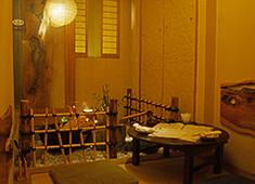 「猿蔵(えんぞう)」 「魚猿(うおざる)」/株式会社 興華フードサービス 求人 当店の魅力の一つでもある物語性のある個室です。食事以外でもお客様を楽しませるのが接客の醍醐味!