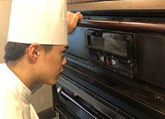 PATISSERIE NAOKI(パティスリー ナオキ) 求人 全員で楽しむ時間と、集中して作業する時間、メリハリをつけて働ける勤務環境です!