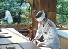 八芳園 季節に応じた企画やイベントなども開催しています。