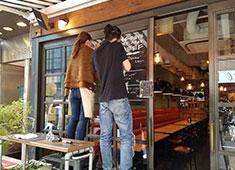 ブルック キッチン/GROW OFFICE inc 仕入れ業者さんも全員が仲間!皆で手づくりのお店を創り上げています。