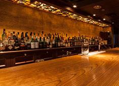 株式会社カリオカ 豊富なお酒に美味しいお料理をゆったりとした空間で大人の会合をお楽しみいただけます。銀座 「BAR 南蛮1934」