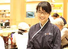 株式会社 活美登利 寿司職人だけでなく、ホールスタッフも大歓迎です!明るい笑顔でお客様を迎えてください!