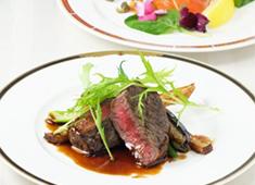 ホテルコンチネンタル 無農薬でカラダに優しい食材だけを使用。こだわり素材を用いた料理を提供しております。