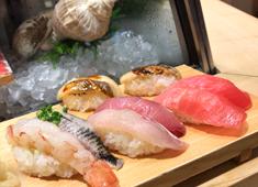 「寿司・和食 魚がし日本一 」「和食 青ゆず寅」「青柚子」/株式会社にっぱん 求人 寿司、和食、洋食業態を46店舗を展開中!外食業界としては珍しく、大田市場・豊洲市場の水産物セリ権を持つ企業です