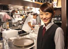 cafe VAVA Tea & Pancake /株式会社Gコンセプト 求人 月8日休+有給取得。営業時間は20:00までなので、お仕事に集中して取り組めますよ。メリハリある生活を約束します。