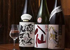 炭焼き よし鳥 ▲日本酒好きのお客様が多く、日本酒談議に花が咲くことも!お酒を学びたい方も大歓迎します。