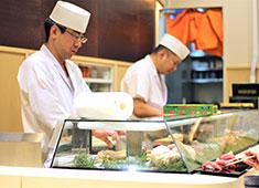 岩佐寿し お客様の目の前で握るからこそ、得られる技術・知識が段違い!実践的な環境で学び、働こう!!