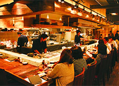 株式会社横浜串工房 ※新店・新業態開発準備室 求人 【一炭 もんめ】 素材からこだわる本格和食と焼き鳥。料理人が活躍する和食業態です。和食・日本料理経験者歓迎!