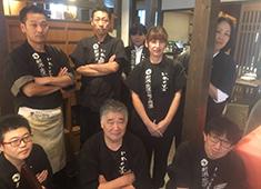 よね蔵グループ 新潟食材を豊富に取り扱ってます。使用するのど黒やまぐろは毎朝、佐渡沖や築地からの直送便で届いています。