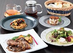 株式会社フローラ企画 素材重視のグリル料理やパスタを提供!地元の良い食材を発信していきましょう。