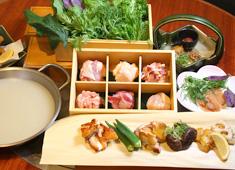 かしわ 渋谷ヒカリエ店・二子玉川ライズ店・PARCO-ya上野店/ソルト・コンソーシアム株式会社 求人 店長も料理長も含め全員でシフトを組み、月8日休をしっかり取得。月160h勤務のスタッフ(主婦)も正社員で活躍中!
