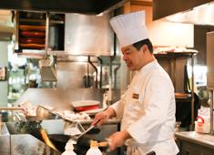 株式会社柿安本店 和食・洋食・中華など、あらゆる経験をもった料理人が在籍しています。