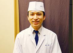 銀座 うち山 求人 「青山 仁」の富井賢洋です!和食を志す人は、多くの事を学んで頂けると思います。ここは同じ志しを持つ仲間がいますよ。