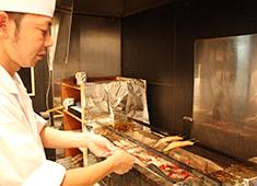 株式会社 魚久(うおきゅう) 求人 入社1年の若手スタッフも活躍中! ベテランの方も大歓迎します!