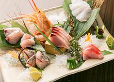 南青山ひふみ 鮮度にこだわり、素材を活かしたお料理を提供いたします。