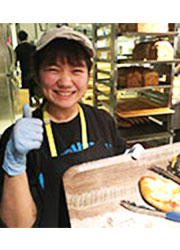 「R Baker」「THE GROUNDS BAKER」/【イートアンド株式会社】カフェ・ベーカリーグループ EAT&Co.(東証一部上場) 求人