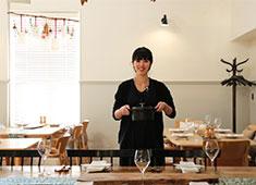 SOHOLM(スーホルム)/株式会社 アクタス 飲食事業部 求人 心も体も温まる料理。前職がカフェのスタッフも、フレンチ出身のシェフから丁寧に教えてもらっています!
