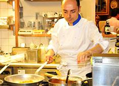 Ristorante da Nino(リストランテ・ダ・ニーノ)/Nino Caffe(ニーノ・カフェ) 求人 オーナーシェフ自ら腕をふるう本場のシチリア料理をあなたの「モノ」にしてください。