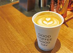 WHITE GLASS COFFEE (ホワイトグラスコーヒー)green thumb(グリーン・サム)/株式会社 ロイヤル・アーツ 求人 世界中から厳選された生豆を店内でローストしてます。