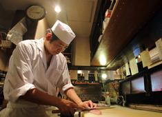 海蔵(うみくら) 求人 「使わない魚はないんじゃないか」と語るほど、多くの魚を扱うのが魅力!