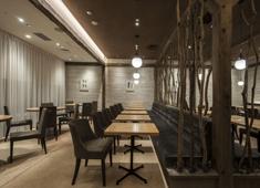 株式会社アイビーエフ・アール 【日本橋店 外観】新宿店とコンセプトは変わらず野菜の美味しさを追求しています。