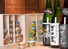 かなざわ 全国津々浦々の厳選された日本酒を取り扱っています。