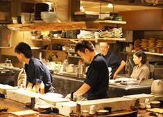 株式会社横浜串工房(YOKOHAMA KUSHIKOBO,inc) 求人 【一炭 もんめ】 素材からこだわる本格和食と焼き鳥。料理人が活躍する和食業態です。和食・日本料理経験者歓迎!