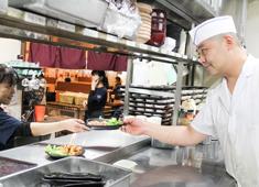 サニーズ/日進畜産工業株式会社 求人 料理は個々の経験活かし洋食出身が考える和食やまたその逆などどこかで食べたことがあるようなでも新しい料理を手作り!