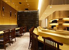 「まんてん鮨」「すし天」「SUSHI TOKYO TEN、」/株式会社シーエージェント 求人 どのお店も衛生的で清潔感があり、キレイで居心地の良い空間になっています。