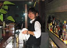 株式会社シーンメーカー 求人 「Bistro Jitan」ではバーテンダーやソムリエも募集中!お酒の知識がある方は経験を活かして働けますよ♪