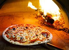 株式会社JILLION 求人 ▲新店は当社初の試み薪窯ピッツァも提供!ピッツァが好きな方大歓迎します!