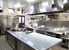 そば処 五萬石 求人 最新の調理器具が揃い、きれで広い厨房なので、ノビノビ活躍できます!