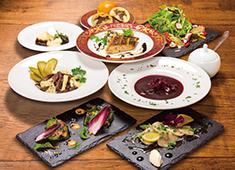 「GODUNOV Tokyo (ゴドノフ トーキョー)」/World Liquor Importers株式会社(ワールドリカーインポーターズ) 求人 都内有数のロシア料理を学び、視野を広げるチャンスです。